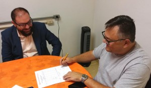 A Comissão Eleitoral foi formada pelos professores Hélerson da Silva (CCHSA) e Fernando Ernesto Kintschner (CEATEC).