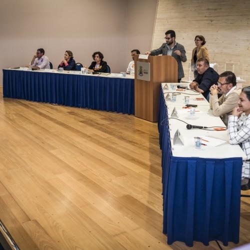 Debate com candidatos a deputado estadual fez sucesso entre estudantes e professores